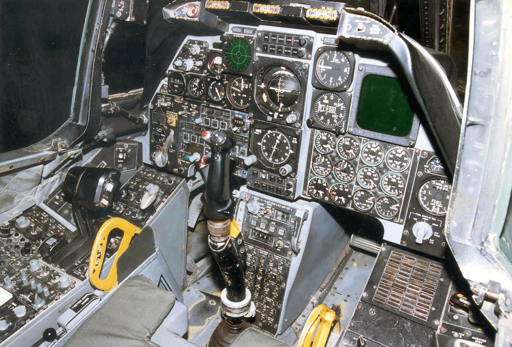 Fairchild Republic A 10A Thunderbolt II cockpit 2 USAF