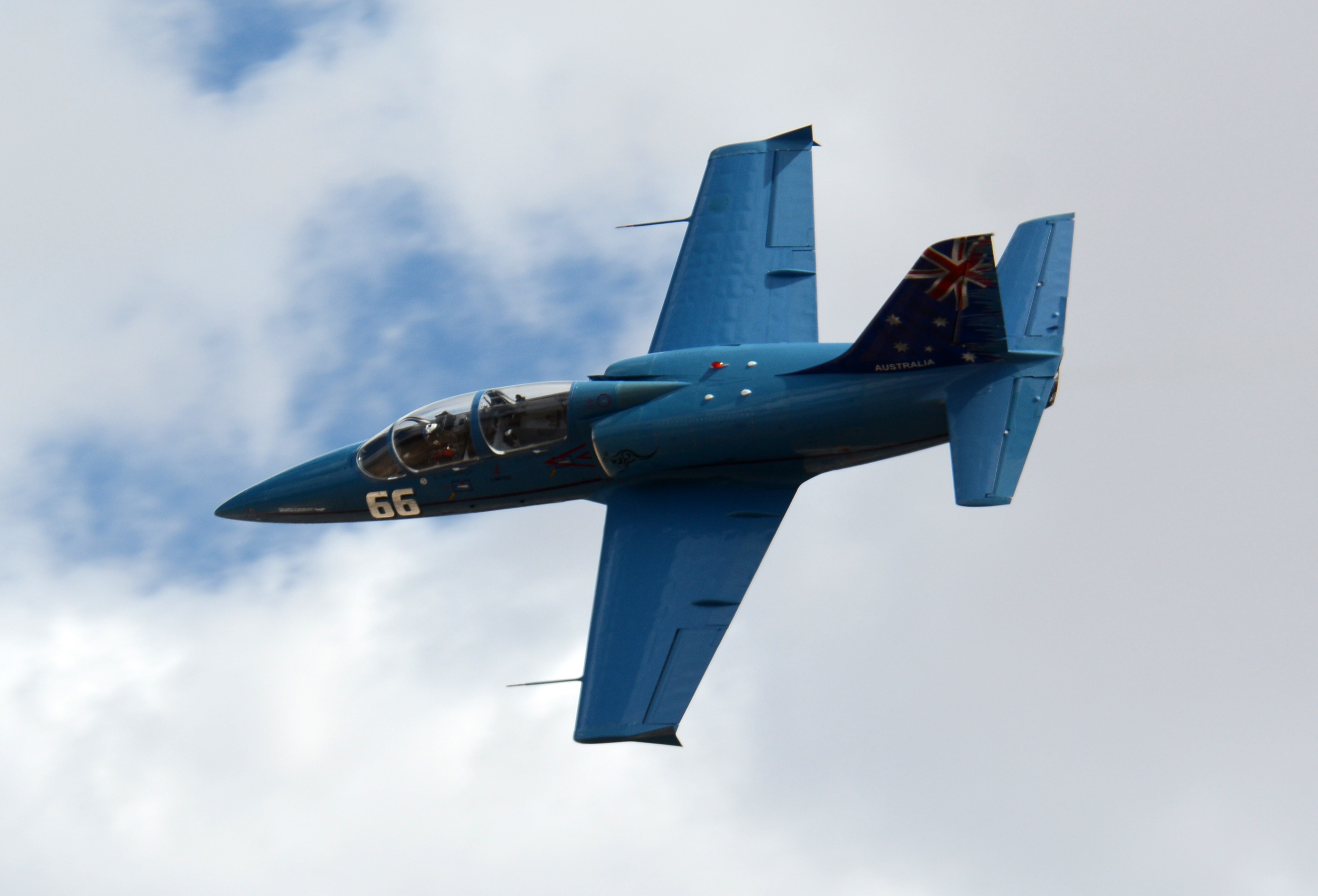66 L 39 Albatros VH IJC True Blue Reno Air Races 2014 photo D Ramey Logan