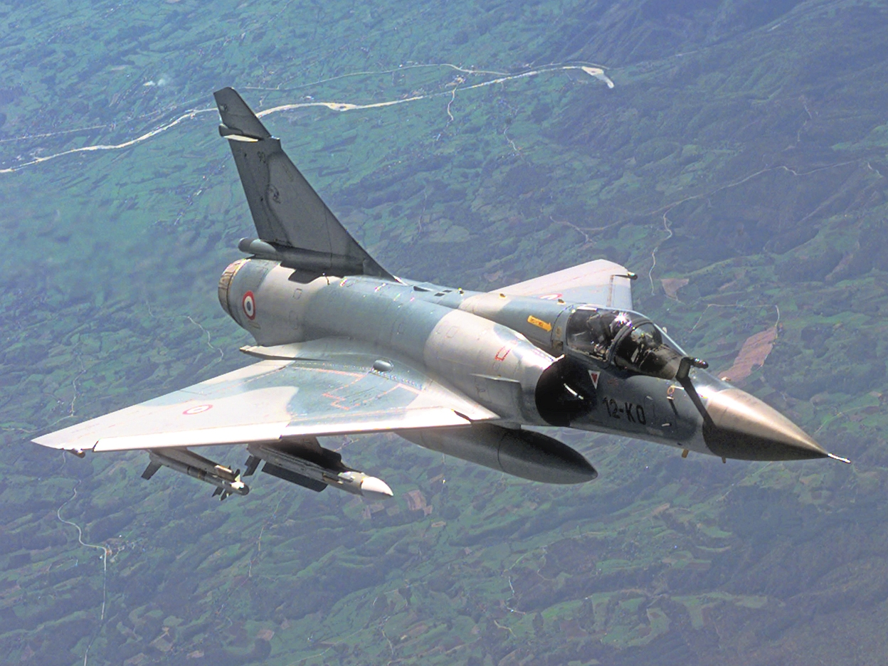 Mirage 2000C in flight 2 cropped